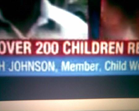 200க்கும் மேற்பட்ட குழந்தைகள் / டீன்-ஏஜ் பெண்கள் உடபட இருந்தது